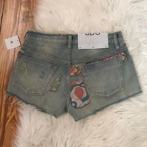 UO// Distressed Patchwork Shorts🍑